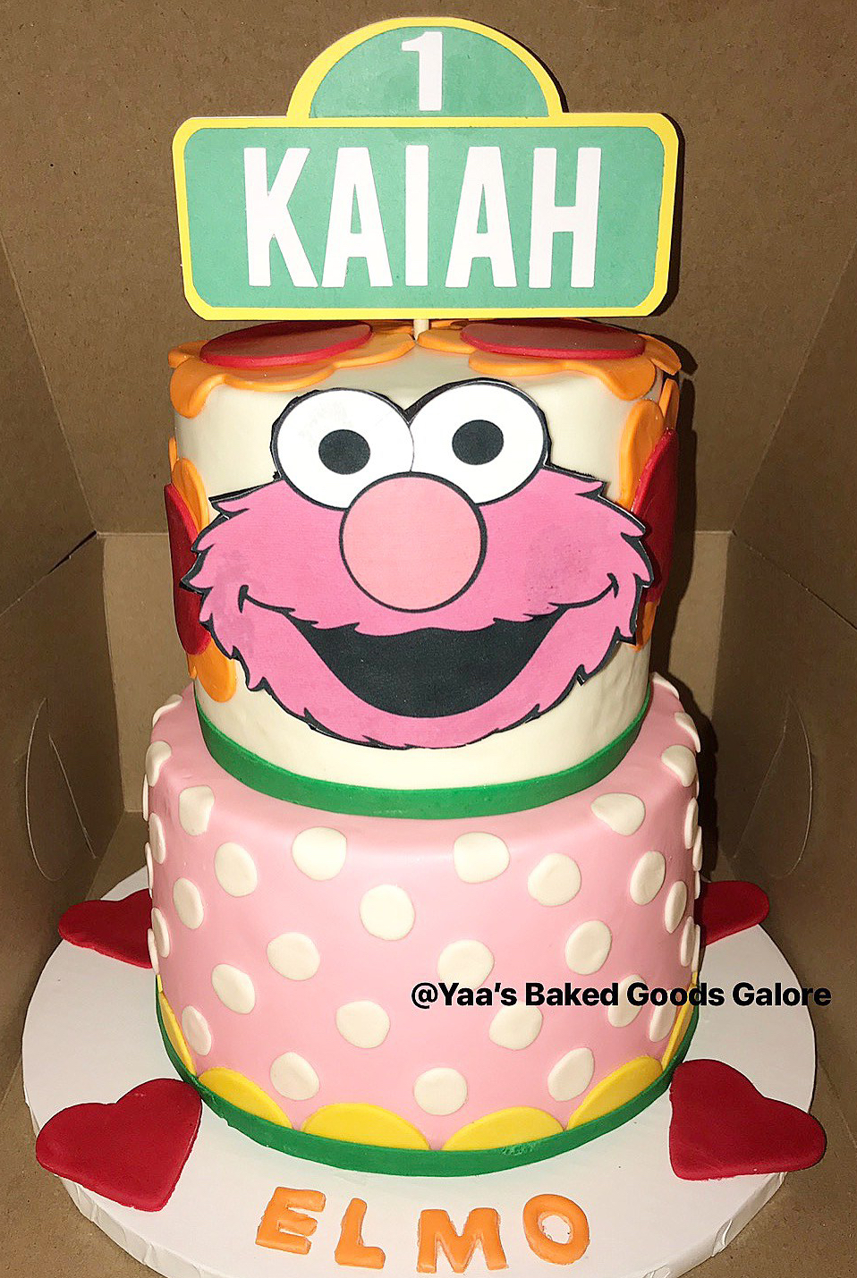 6 8 Custom Elmo Birthday Cake Yaa S Baked Goods Galore