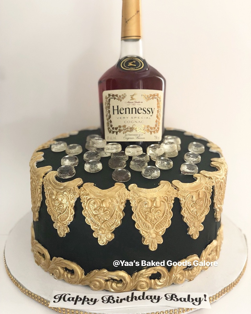 Prime 10 Hennessy Bottle Cake Yaas Baked Goods Galore Funny Birthday Cards Online Alyptdamsfinfo