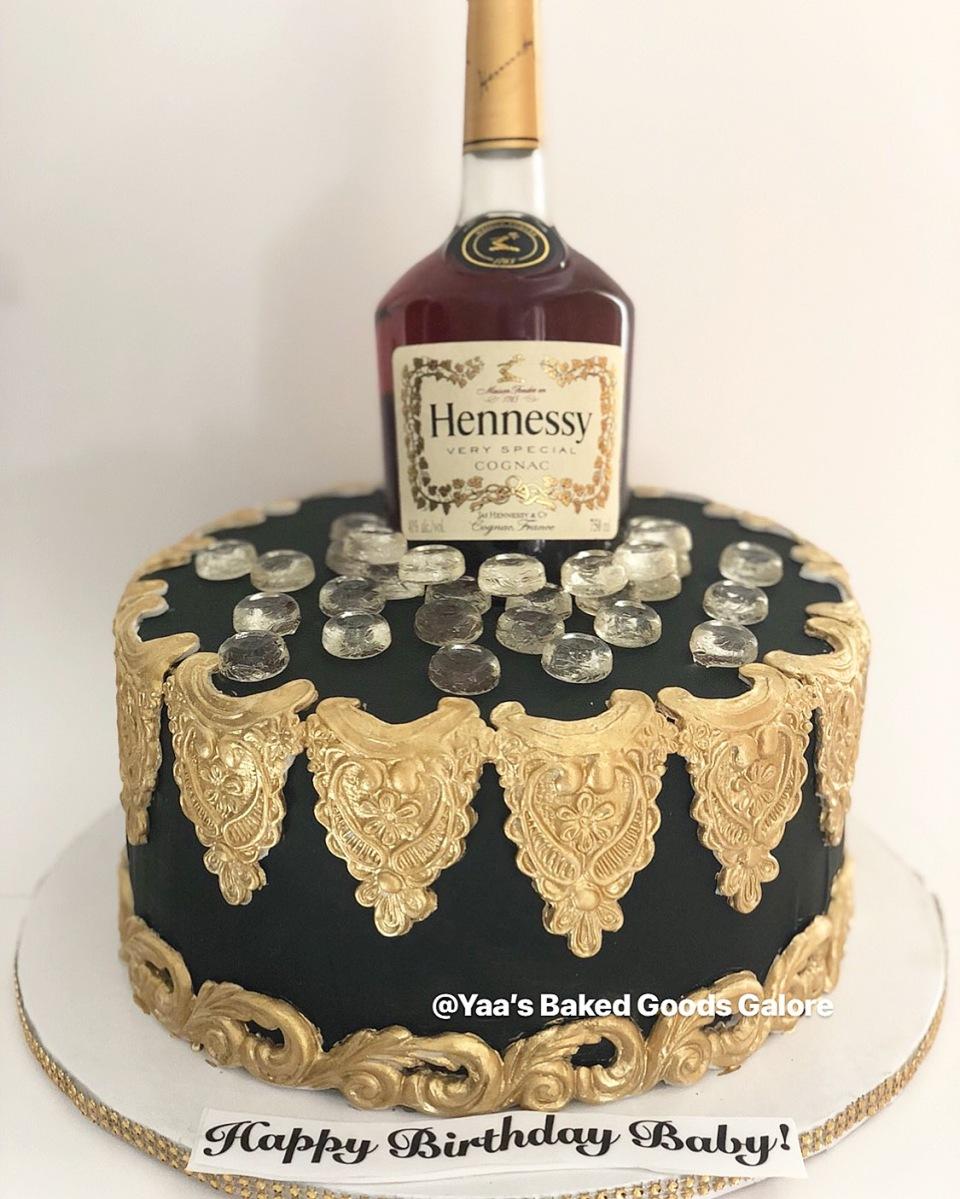 Fabulous 10 Hennessy Bottle Cake Yaas Baked Goods Galore Funny Birthday Cards Online Alyptdamsfinfo