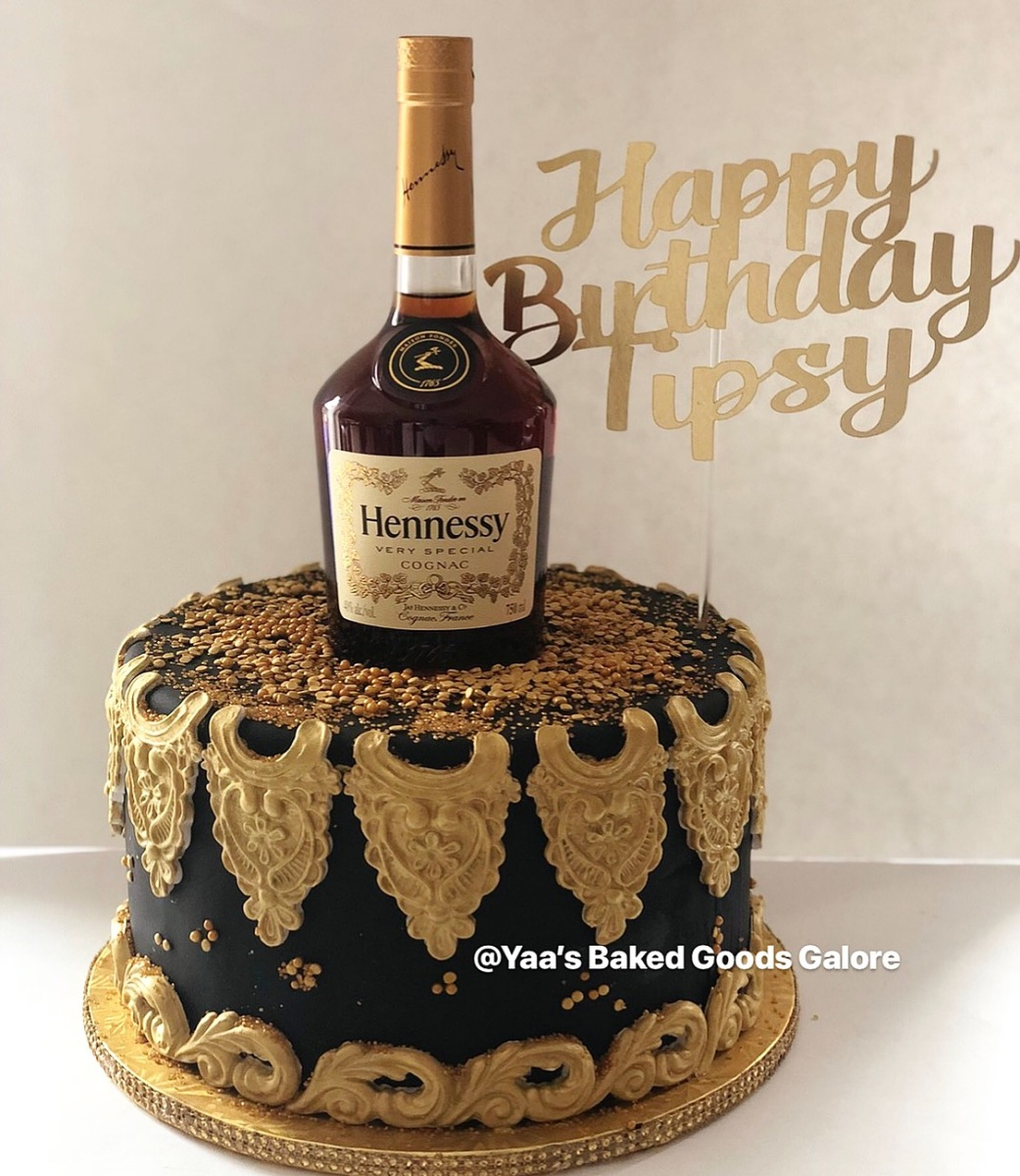 Outstanding 10 Chocolate Custom Cake With Hennessy Bottle On Top Yaas Funny Birthday Cards Online Alyptdamsfinfo